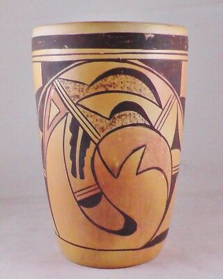 Vintage HOPI NATIVE AMERICAN INDIAN POTTERY JAR VASE FORM POT Signed Preston