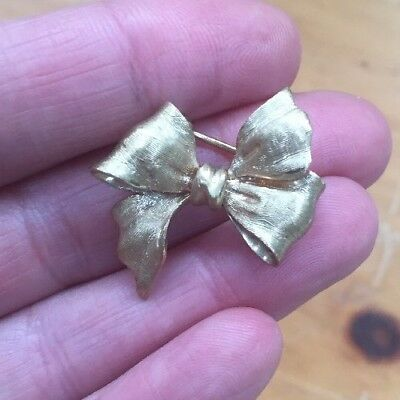 Heavy Vintage Antique 14k Gold Pin