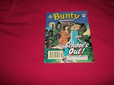 BUNTY  PICTURE STORY LIBRARY BOOK from the1990's - nr mint! Never been read!
