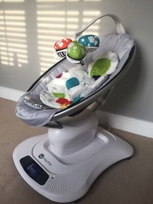 4moms mamaRoo Infant Seat - Classic Grey- comes with infant insert and box