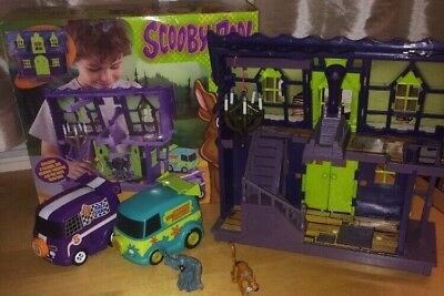 Scooby Doo Haunted Mansion With Original Box