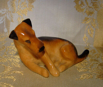Royal Doulton K5 Airedale Terrier Dog Figurine