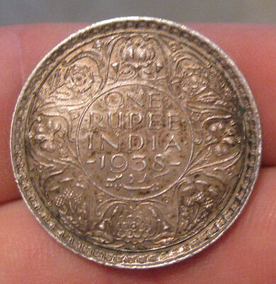India - 1938B Large Silver Rupee - Scarce!