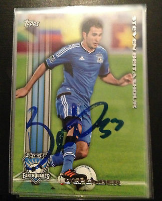 San Jose Earthquakes Steven Beitashour Autographed Signed 2013 Topps MLS Card