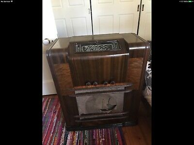 Phillips Console Valve Radio