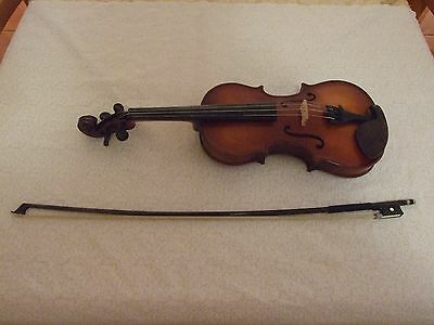"""Violin- """"Artiste"""" Sv300 3/4 Size- With Hard Case And Fibreglass Bow"""
