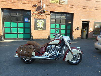 2015 Indian INDIAN CHIEF VINTAGE  2015 INDIAN CHIEF VINTAGE  FACTORY 2 TONE RED  PAINT 6,649 MILES ABS BRAKES NICE