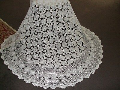 Vintage Crochet Tablecloth (Round) White.
