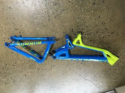 Mondraker Summum downhill Bike Frame
