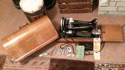 Vintage electric singer sewing machine working with case no 201k