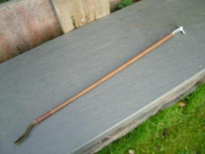 Antique Riding/Hunting Whip with Solid Silver Fox Head Handle.
