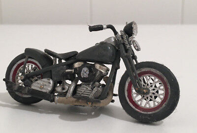 Harley Rat Bobber 1/24 Maisto Custom Bike Motorcycle Hot Rod