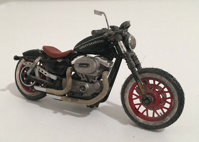 Harley Nightster Bobber 1/24 Maisto Custom Bike Motorcycle Hot Rod