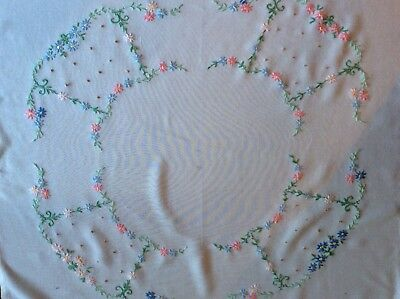 Vintage hand embroidered Daisy chain tablecloth