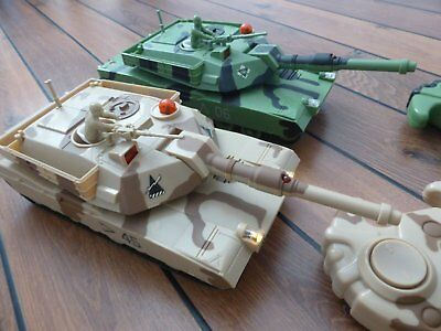 1/33 scale Infrared RC lazer fighting main battle tanks with turret traverse