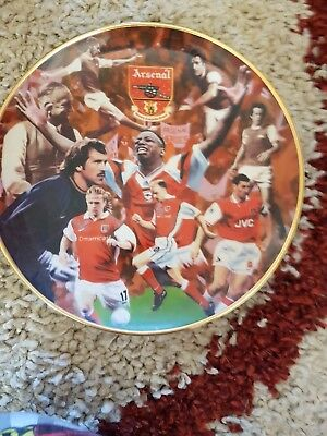 Arsenal Collectors Plate - Arsenal Heroes