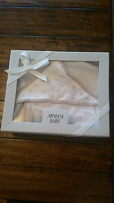 New ARMANI Baby Logo Bath Gift Set - Beige & White + Wash Mitt