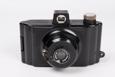 Photo-Magic -  British made - Bakelite camera
