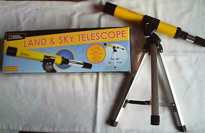 Land & Sky Telescope National Geographic tripod 30 mm lens 30x magnification box