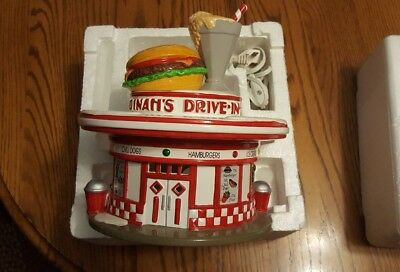 DEPT 56 DINAH's Dinah Diner Drive In original box and sleeve Exc condition