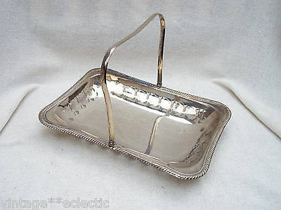 Vintage Yeoman Silver Plated On Copper Handle Dish Bowl Basket Bread Fruit
