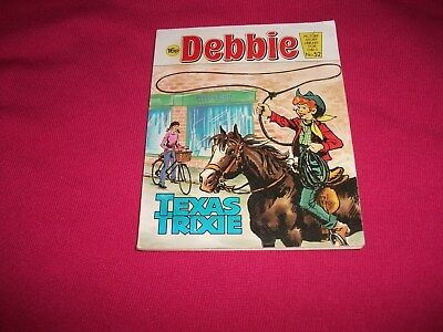 DEBBIE  PICTURE STORY LIBRARY BOOK from 1980's: never been read - vg condit!