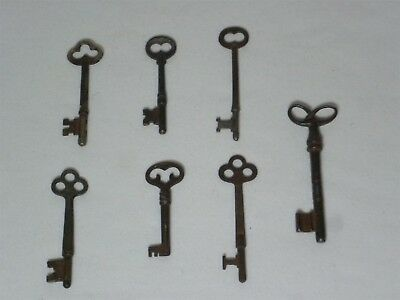 Vintage 7 Piece Lot of Used Metal Skeleton Keys Assorted (one is a Yale&Towne)