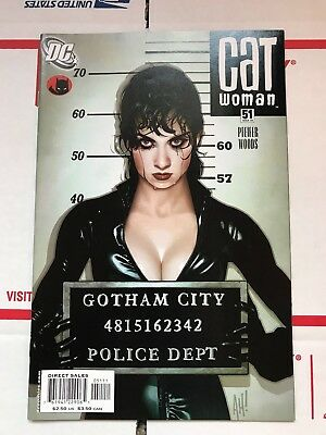 Catwoman #51 (3rd series) Adam Hughes Cover! DC Comics (March 2006)