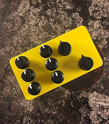 Six Oscillator Drone Box // Filter + Resonance // Circuit Bent Noise Synth