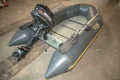 Inflatable Dinghy w/ Mercury 4HP Engine & Oars