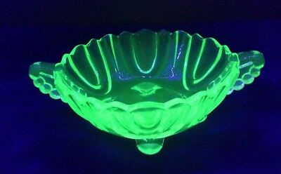 Green Uranium Glass 4 Footed Nappy Bowl