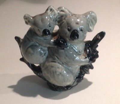 Vintage Darbyshire Koala and Baby on a Stump Figure
