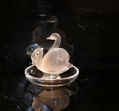 Lalique Rare Crystal  France  Deux Cignes Two Swans Etched Lalique  Ring Tray