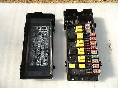 LandRover Discovery 2 ,  Underbonnet Fuse Box