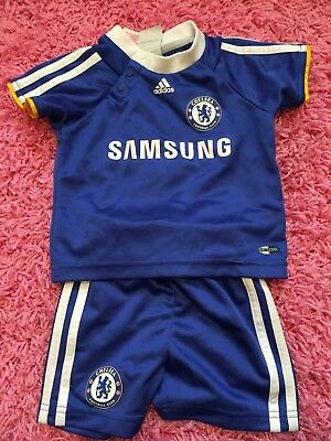 Official Baby Chelsea FC Kit 3-6 months