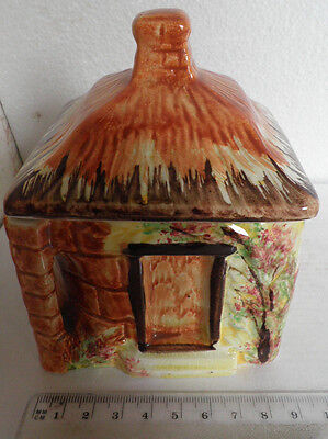Price Kensington Cottage Ware Made In England sugar pot with lid Reg no. 845007