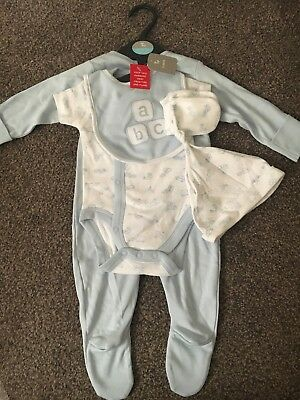 Baby Boys 5 Piece Set Up To 3 Months
