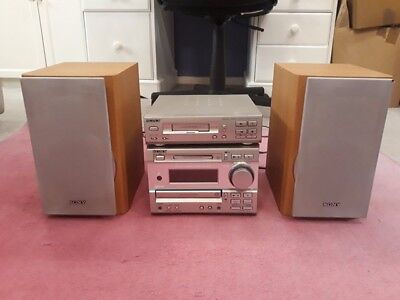 Sony Hi-Fi Minidisc & CD player DHC-MD373 &Cassette Deck, speakers, remote