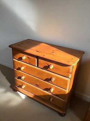 Antique style pine 5 drawer chest