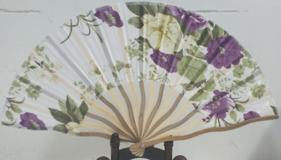 Elegant Chinese Bamboo Folding Silk HAND FAN with Flowers Wedding Party Gift