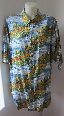 COLLECTION by Reyn Spooner soft cotton fab patterned Hawaiian style shirt. Measu
