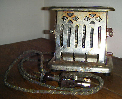 1914 Antique Universal Toaster Landers Frary & Clark, w/Original Cord