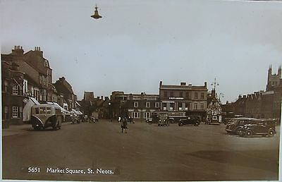 Classic Busses & Cars Market Square St Neots Cambridgeshire Early Rp Pc