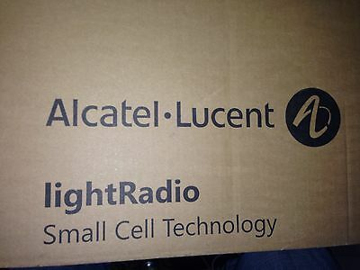 New Alcatel-Lucent 9764 Metro Cell Outdoor 1.1 B2 LTE 2x1W 3BK61096AAAC 01