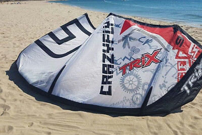 CrazyFly Trix 9m 2010 kitesurfing kite complete,bar,lines and bag