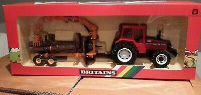 BRITAINS Volvo 805 tractor and log transporter 9609