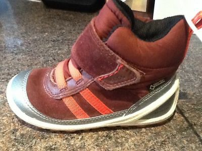 Ecco Burgundy Suede Kids Casual/trainer Boots Gortex Technology Sz 7