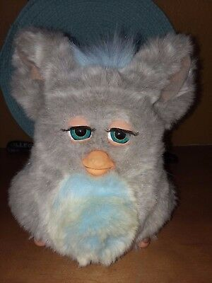 2005 Hasbro large grey talking Furby with blue chest  #59294