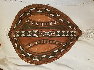 Vtg Antique African Tribal Shield Masai Tribe Handpainted Hand Crafted Kenya