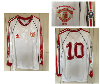 Manchester United Football Shirt 1991 CUP WINNERS CUP LARGE No.10 HUGHES RETRO